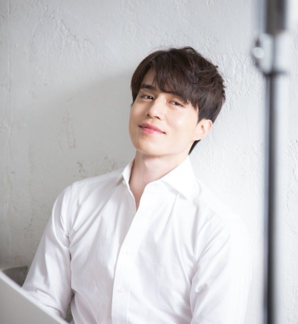 profile-lee-dong-wook