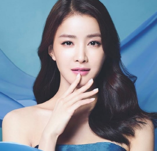 profile-lee-si-young-1